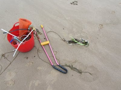 Beach cleaning and litter
